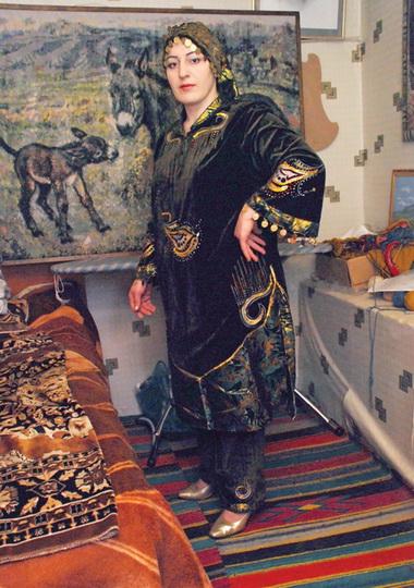 Выставка Жанны Курбановой «Волшебные спицы» открылась в Махачкале